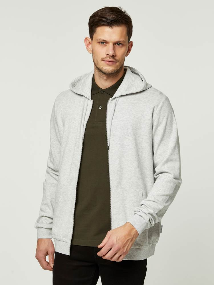 SOFT SWEAT HOOD 7242353_IFY-HENRYCHOICE-S20-Modell-front_36769.jpg_Front||Front