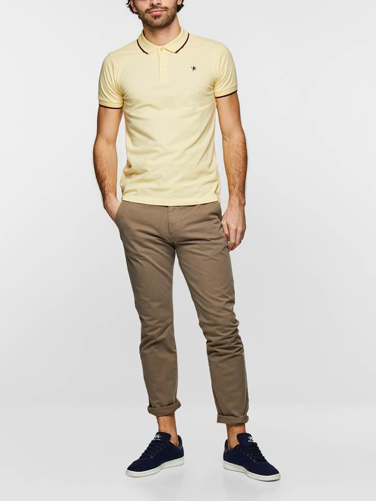 SLIM CHINO STRETCH TWILL 7232808_AGP-MADEBYMONKEYS-S19-Modell-Front1_SLIM CHINO STRETCH TWILL AGP.jpg_Front||Front