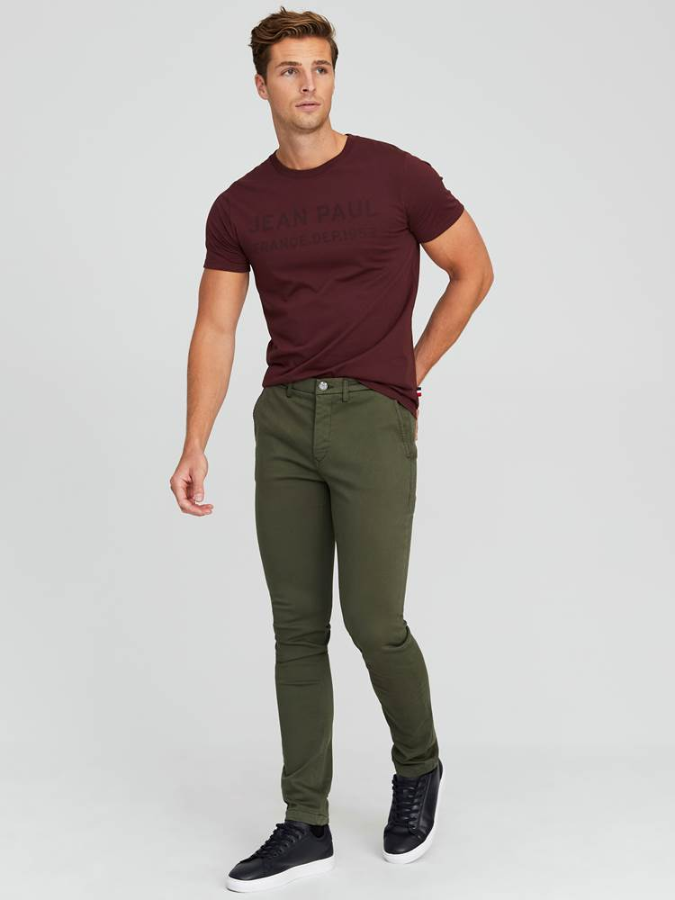 Alan Color Hyper Stretch Chino 7244105_GUC-JEANPAUL-A20-Modell-front_97152_Alan Color Hyper Stretch Chino GUC.jpg_Front||Front