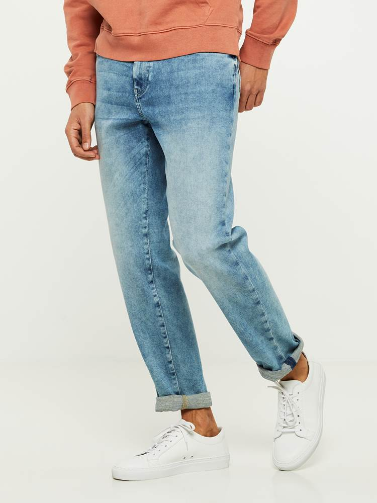 REGULAR ROD NESTA BLUE SUPER STRETCH JEANS 7242626_DAD-HENRYCHOICE-S20-Modell-left_82300_REGULAR ROD NESTA BLUE SUPER STRETCH JEANS DAD.jpg_Left||Left