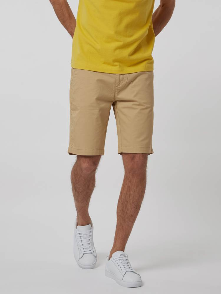 CREW CHINO SHORTS 7246677_AAU--H21-Modell-front_86602_CREW CHINO SHORTS AAU.jpg_Front||Front