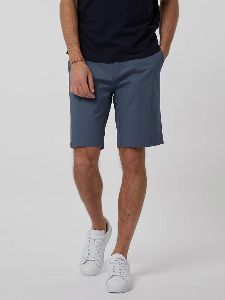 CREW CHINO SHORTS 7246677_EDR--H21-Modell-front_45736_CREW CHINO SHORTS EDR.jpg_Front||Front