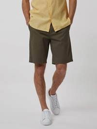CREW CHINO SHORTS 7246677_IFJ--H21-Modell-front_63527_CREW CHINO SHORTS IFJ.jpg_Front  Front