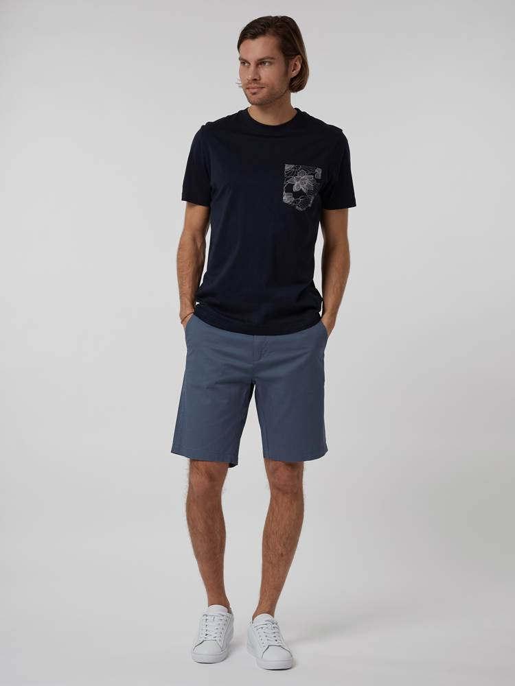 CREW CHINO SHORTS 7246677_EDR--H21-Modell-front_10633_CREW CHINO SHORTS EDR.jpg_Front||Front