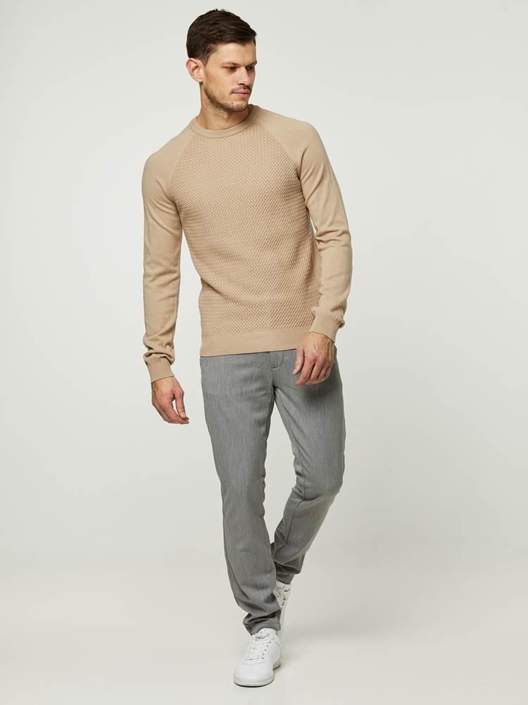 SUAVE GENSER 7242356_ABA-HENRYCHOICE-S20-Modell-front_54239_SUAVE GENSER ABA.jpg_Front||Front