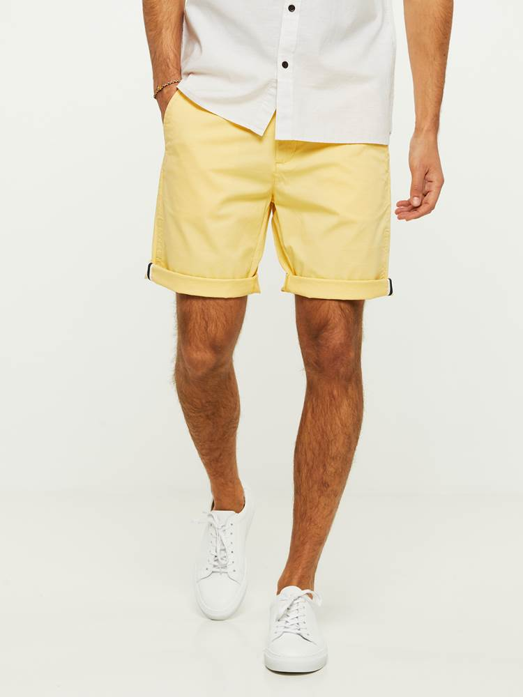 CREW CHINO SHORTS 7243087_Q99-HENRYCHOICE-H20-Modell-front_17681_CREW CHINO SHORTS Q99.jpg_Front||Front