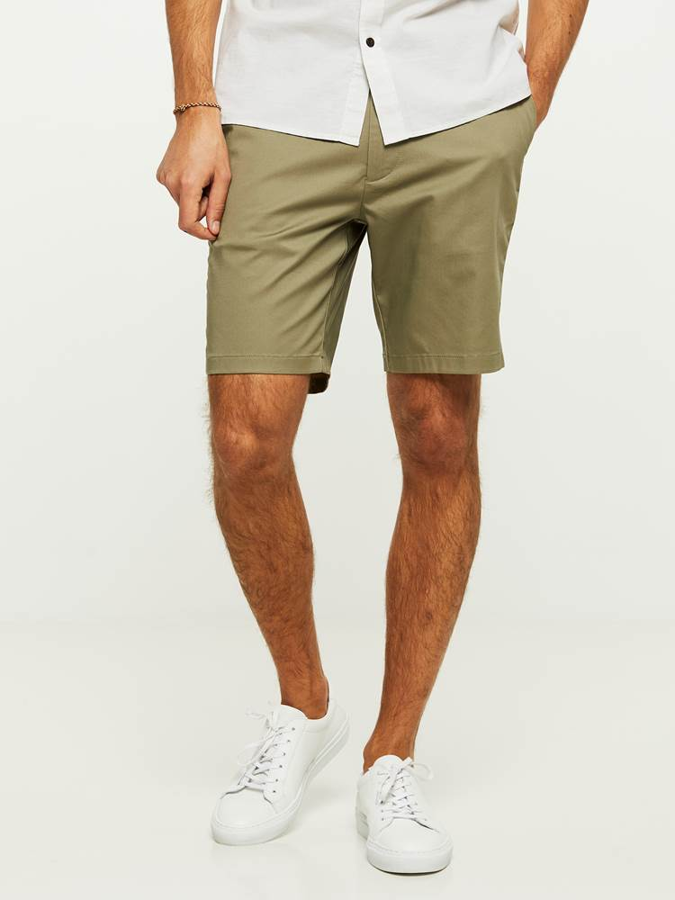 EVENING SHORTS 7243092_I4Q-HENRYCHOICE-H20-Modell-front_68723_EVENING SHORTS I4Q.jpg_Front||Front