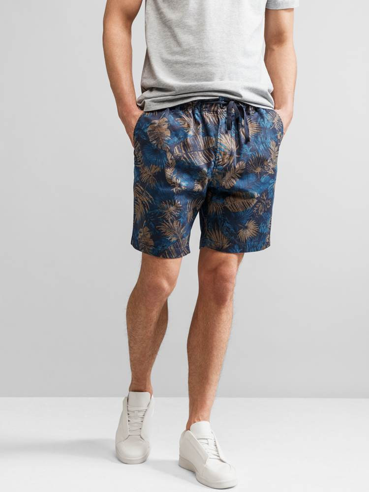 Florent Shorts 7232932_JEAN PAUL_FLORENT PULL-UP SHORTS_FRONT_L_EM6_Florent Shorts EM6.jpg_