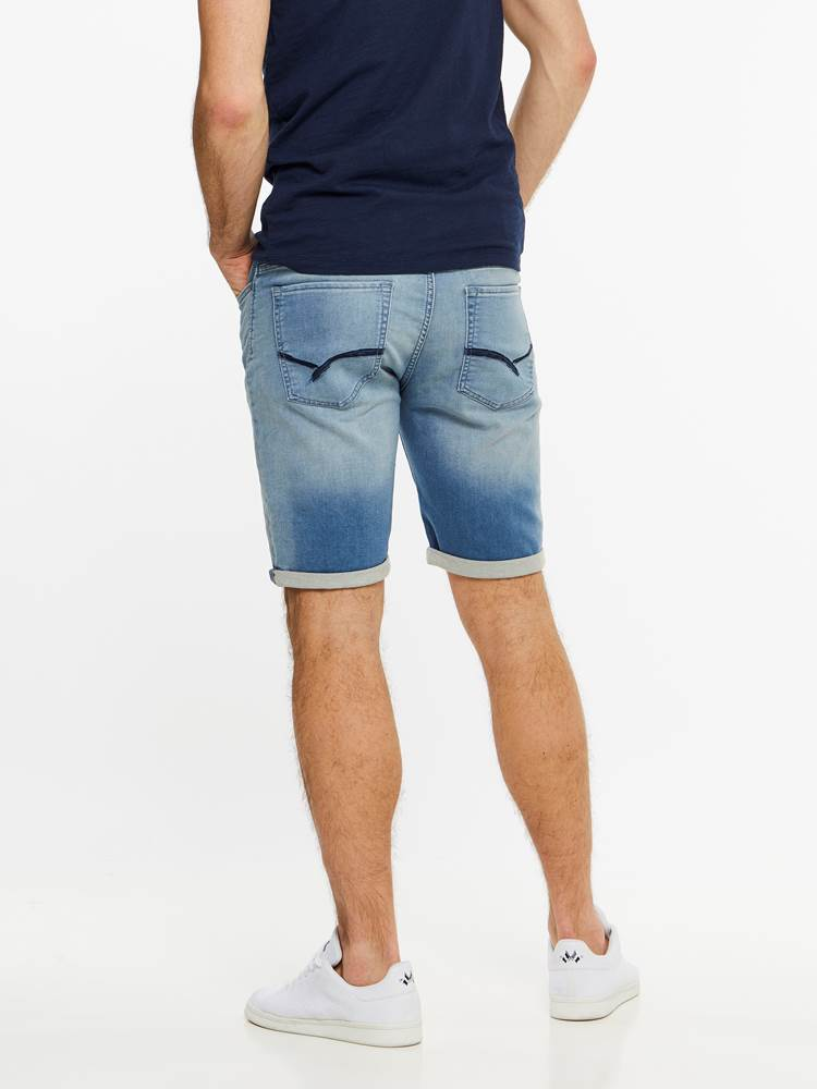SKINNY LIGHT BLUE KNIT SHORTS 7237716_DAD-HENRYCHOICE-H19-Modell-back_94038_SKINNY LIGHT BLUE KNIT SHORTS DAD.jpg_Back||Back