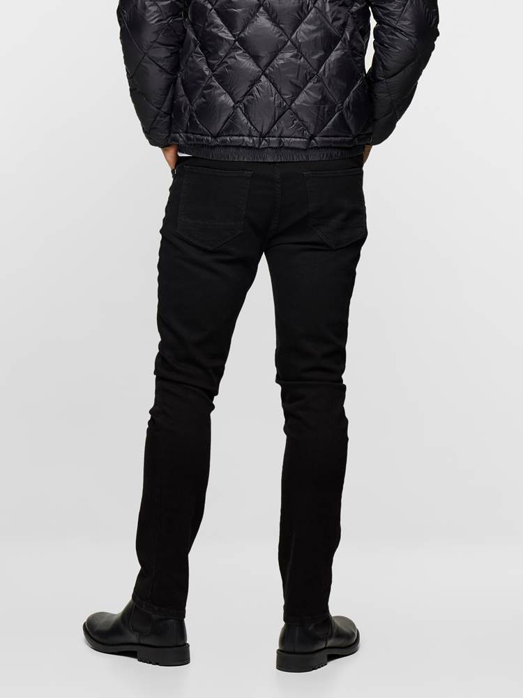 SLIM FIT BLACK BLACK STRETCH 7235365_DAI_JeanPaul_S19-modell-back_SLIM FIT BLACK BLACK STRETCH JEANS DAI_SLIM FIT BLACK BLACK STRETCH DAI.jpg_Back||Back