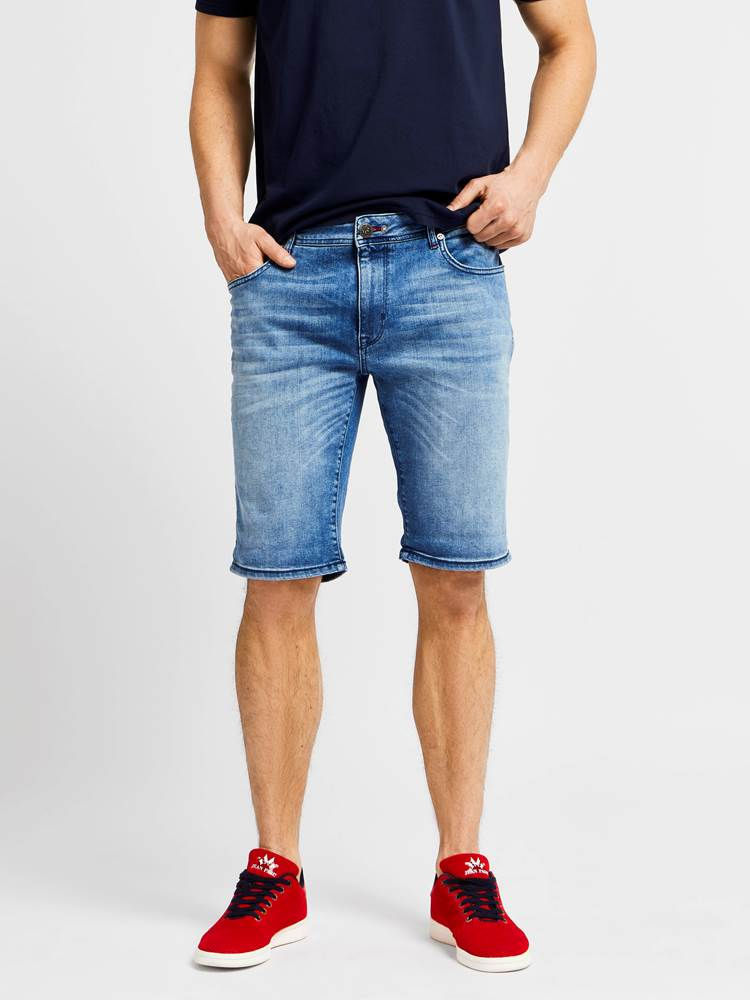 Leroy Denim Stretch Bermuda 7238028_JEAN PAUL_LEROY DENIM STRETCH BERMUDA_FRONT_L_DAD_Leroy Denim Stretch Bermuda DAD.jpg_