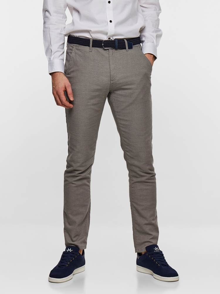 SLIM CHINO STRUCTURE STRETCH 7237631_IEF-MADEBYMONKIES-S19-Modell-front_75940_SLIM CHINO STRUCTURE STRETCH IEF.jpg_Front||Front