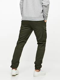 CARGO STRETCH PANT 7239656_GUC-HENRYCHOICE-A19-Modell-back_65931_CARGO STRETCH PANT GUC.jpg_Back||Back