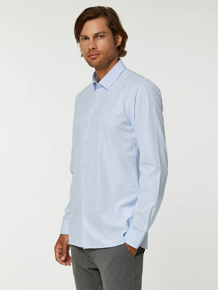 OSLO SKJORTE - TAILOR FIT 7244565_EO1--A20-Modell-left_82242_OSLO SKJORTE - TAILOR FIT EO1.jpg_Left||Left