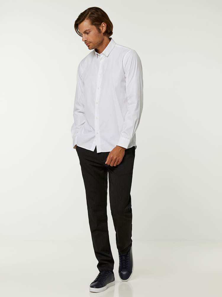 OSLO SKJORTE - TAILOR FIT 7244565_O68-HENRYCHOICE-A20-Modell-front_88996_OSLO SKJORTE - TAILOR FIT O68.jpg_Front||Front