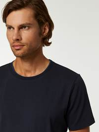 CASUAL T-SKJORTE 7244399_C27-HENRYCHOICE-A20-Modell-right_28397.jpg_Right||Right