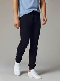 Timmy Sweat Bukse 7241650_JEAN PAUL_S20_TIMMY SWEAT PANT_7_EM6_BLÅ_799_Modell_-front_31572_Timmy Sweat Bukse EM6.jpg_