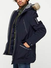 EVEREST PARKA 7240417_EGR-MADEBYMONKIES-W19-Modell-left_42491_EVEREST PARKA EGR.jpg_Left||Left